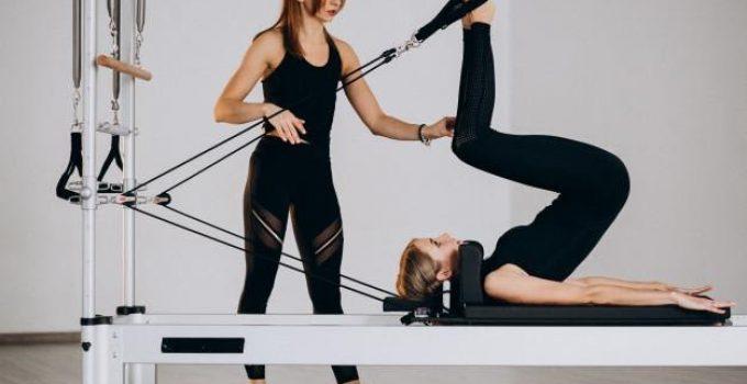Exercices de Pilates simples pour la maison